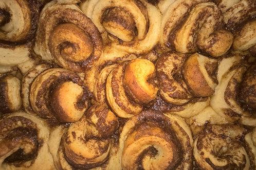Outstanding Cinnamon Rolls. 1 Bakers Dozen.
