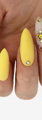 Almond Nail Design.jpg