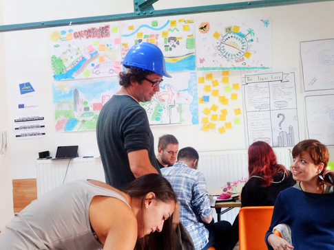 European Trainings Course: How to Influen Policy-Making