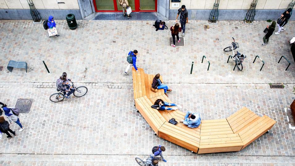 Co-Created Urban Furniture: B.A.N.K. Moutstraat