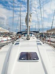 SailingSaba_Alt_Forehead_Bavaria47.jpeg