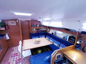 SailingSaba_Sala1_Bavaria_47.png.jpg