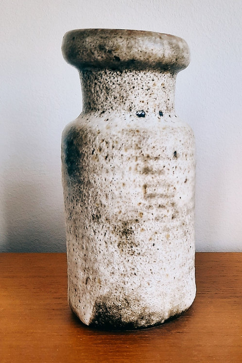 White lava vase