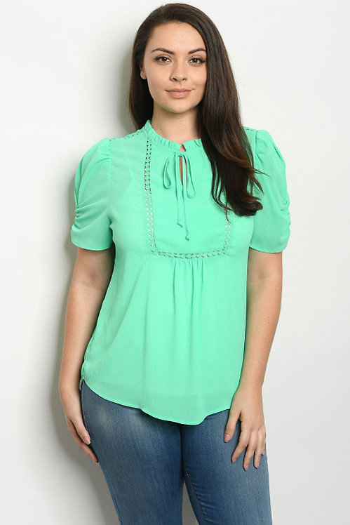81247X GREEN PLUS SIZE TOP