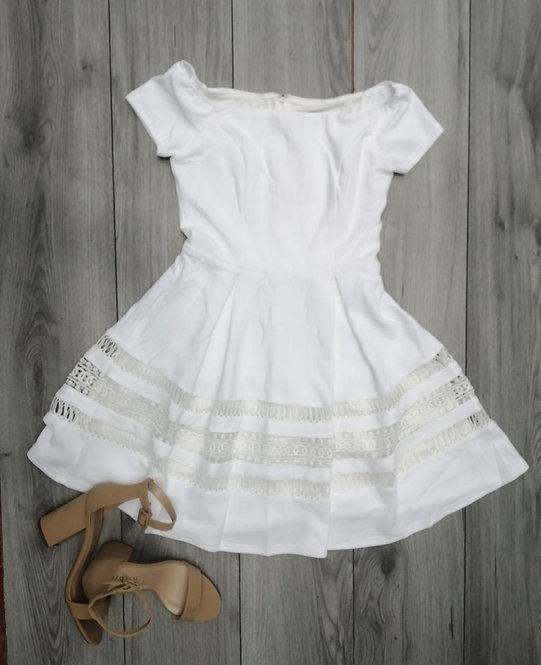 17234 White dress