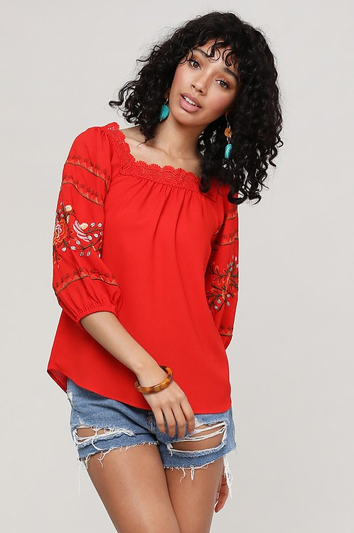 51962 LACE EMBROIDERED TOP