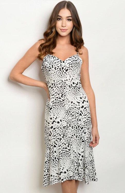 8011 WHITE BLACK PRINT DRESS