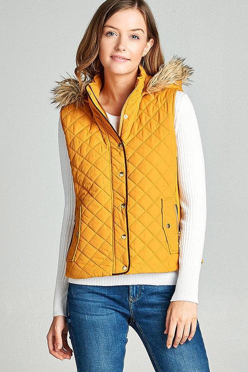1413 fuzzy trim quilt vest