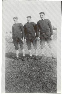 Hank Wolek (center)