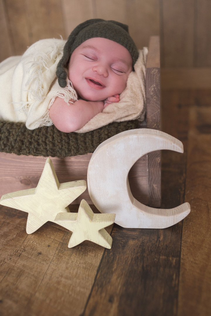 sleepy smiles moon stars newborn photo