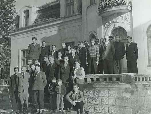 palac zdunowo historia