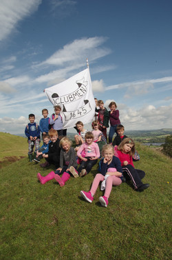 Great Day Out On Hambledon Hill Talking On The Clubmen With School  From North Dorset 2017.