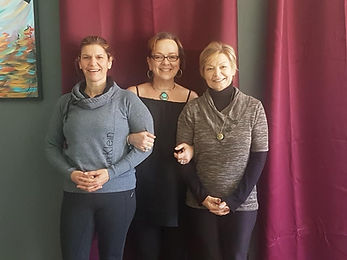 Lise, Roxann, Kimberly 2018 200 YTT.jpg