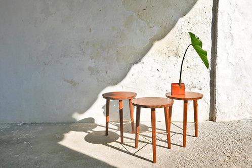 Lin   Banco/mesa lateral