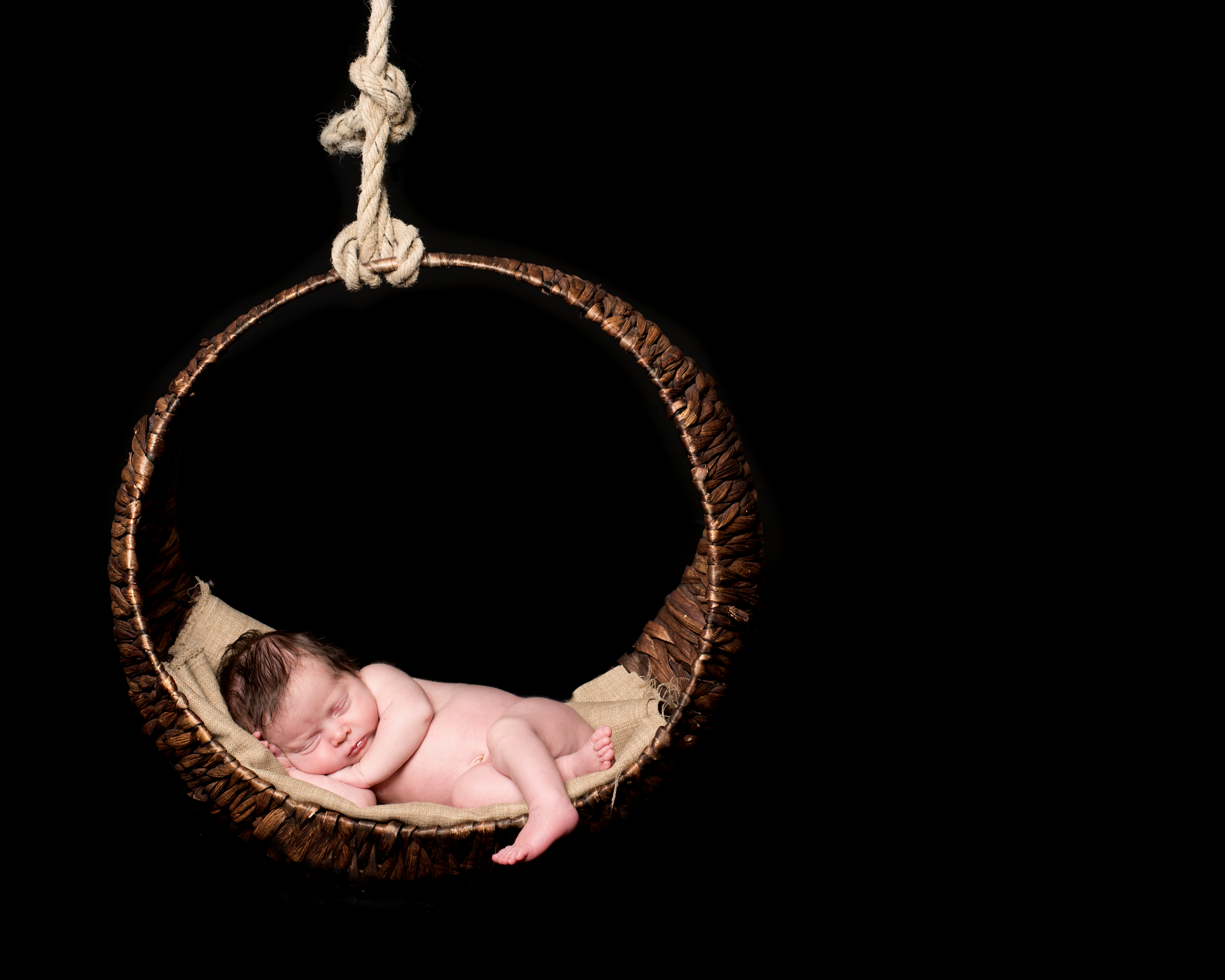 Newborn Swing Photoshoot