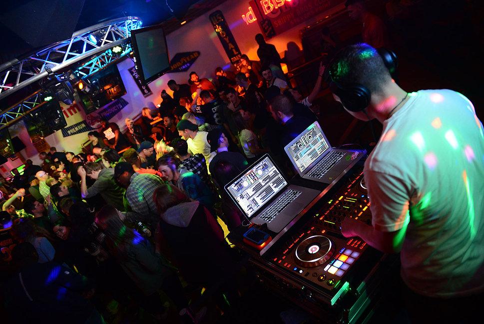 GW DJ.jpg