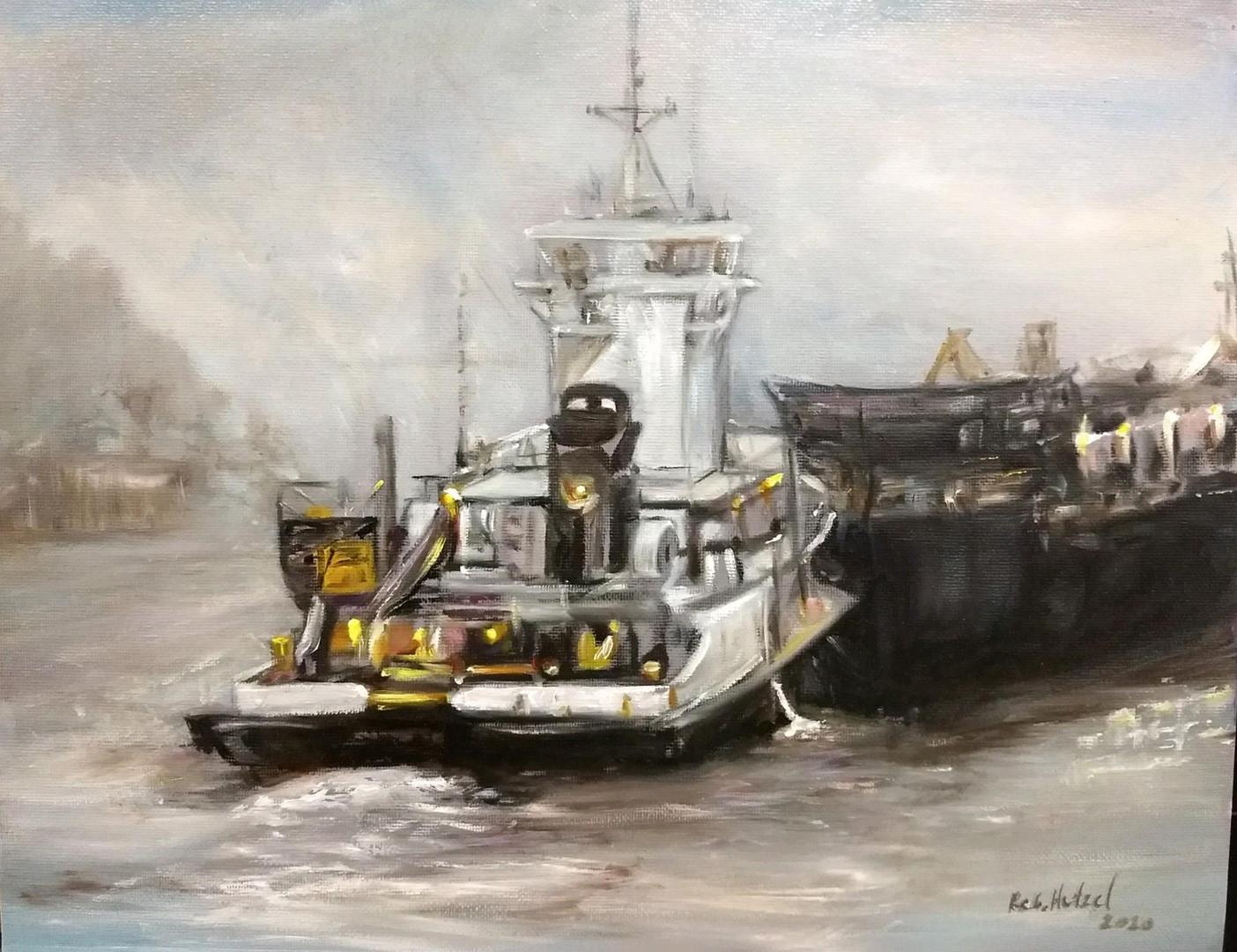Tug in Grey