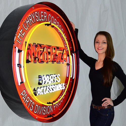 "Mopar Parts 36"" Round Neon Sign"