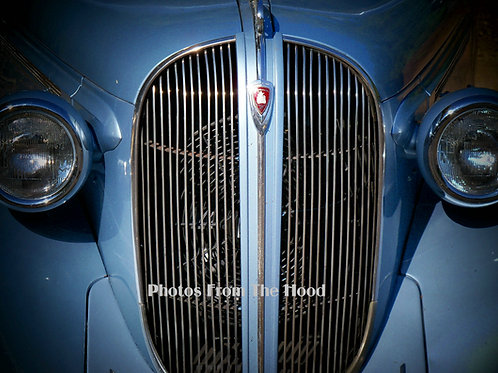 '38 Plymouth Grill