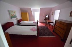 2nd Floor twin room