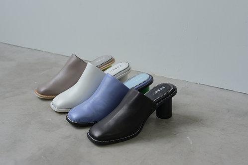 Sheep leather square toe mules