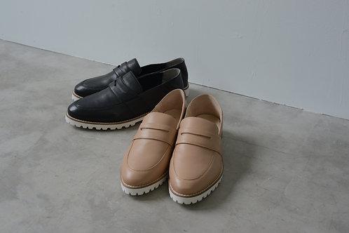 Smooth loafer