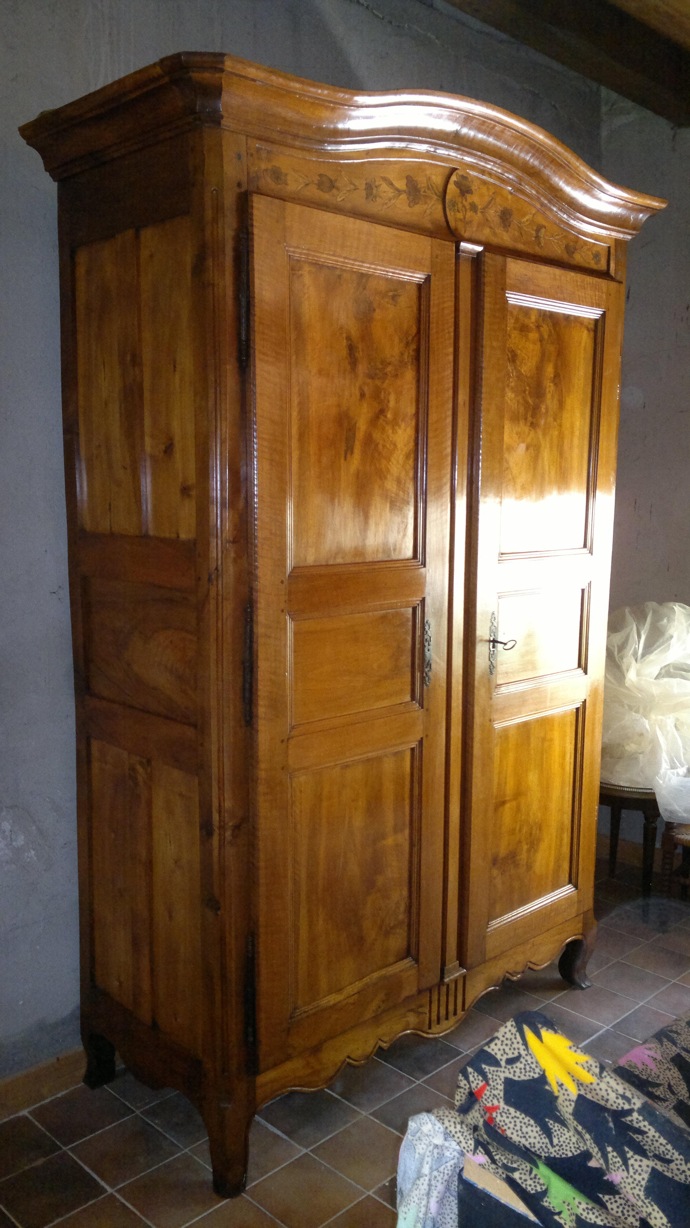 Armoire De Mariage Bretonne ebénisterie d'art restauration/conservation de mobilier ancien