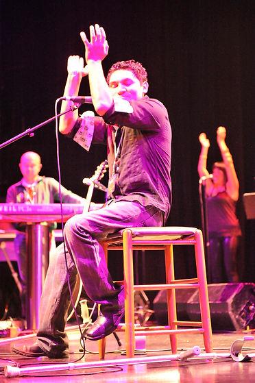 2010 Concert Juan 2.jpg