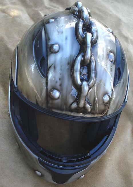 Chain helmetf.jpg