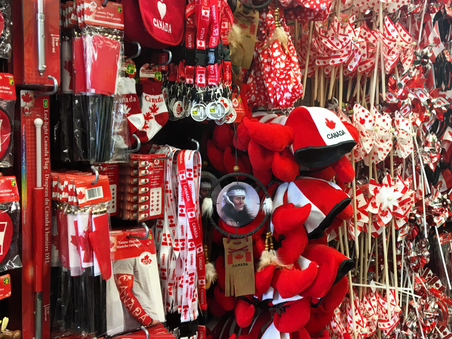 Where to buy your souvenirs in Canada