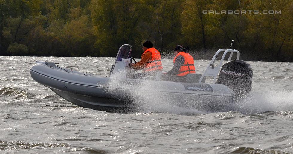 Gala Viking V500 Cruising RIB (28).jpg