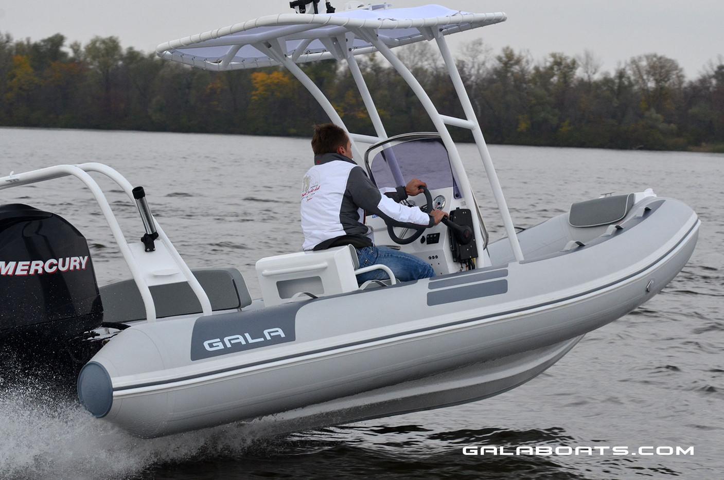 Gala Viking V500 Cruising RIB (11).jpg