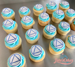 Alcohol anonymous cupcakes