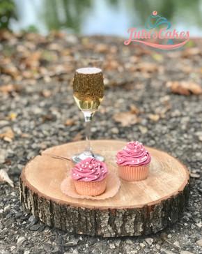 Champagnecupcakes.jpeg