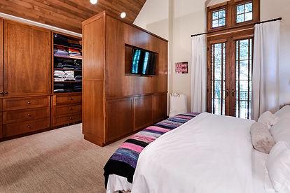 Modern bedroom in Aspen, CO