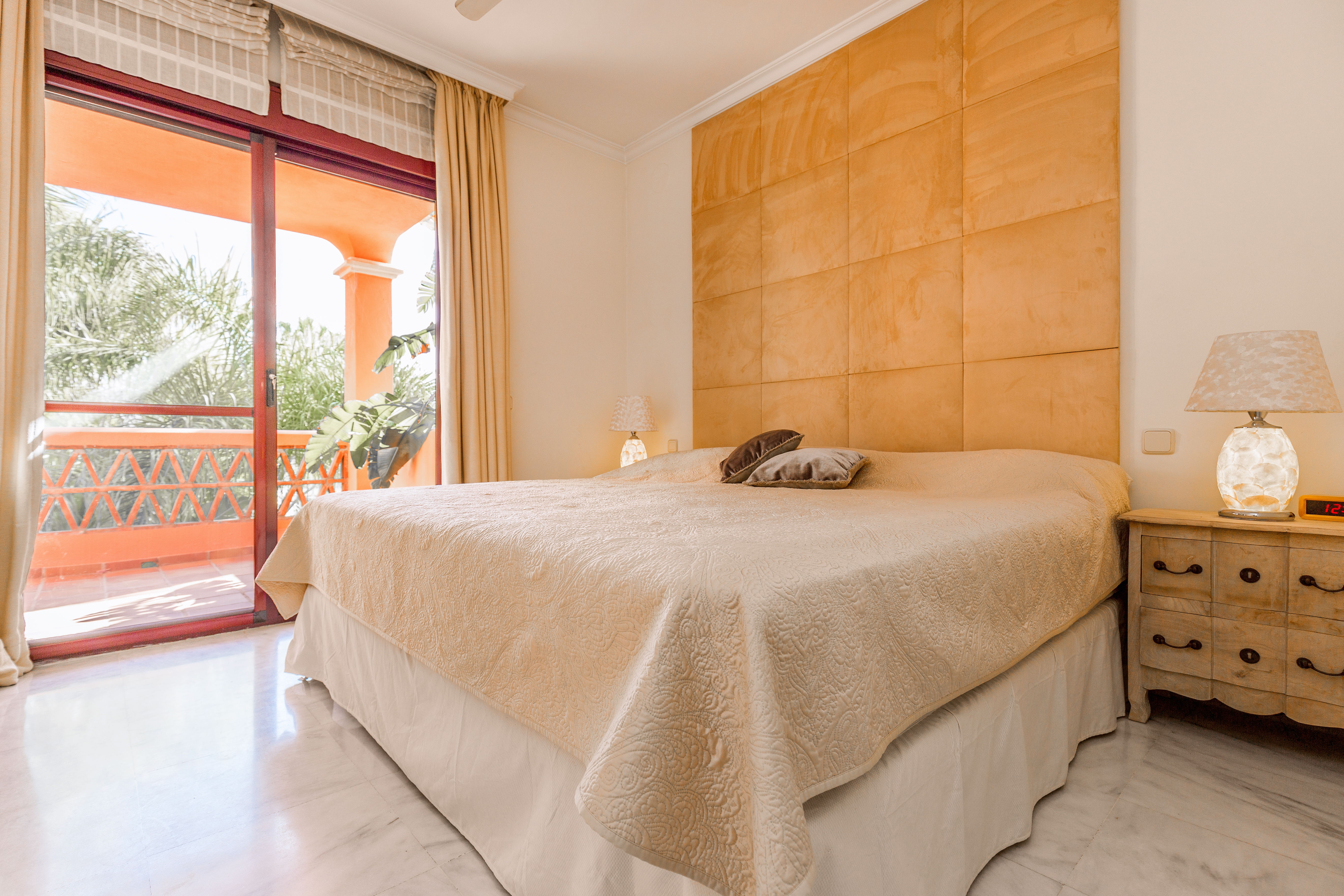 3 Bedrooms Los Jardines De Las Lomas