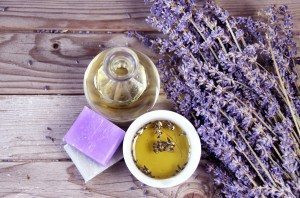 How To Use Essential Oils For Managing Chronic Pain