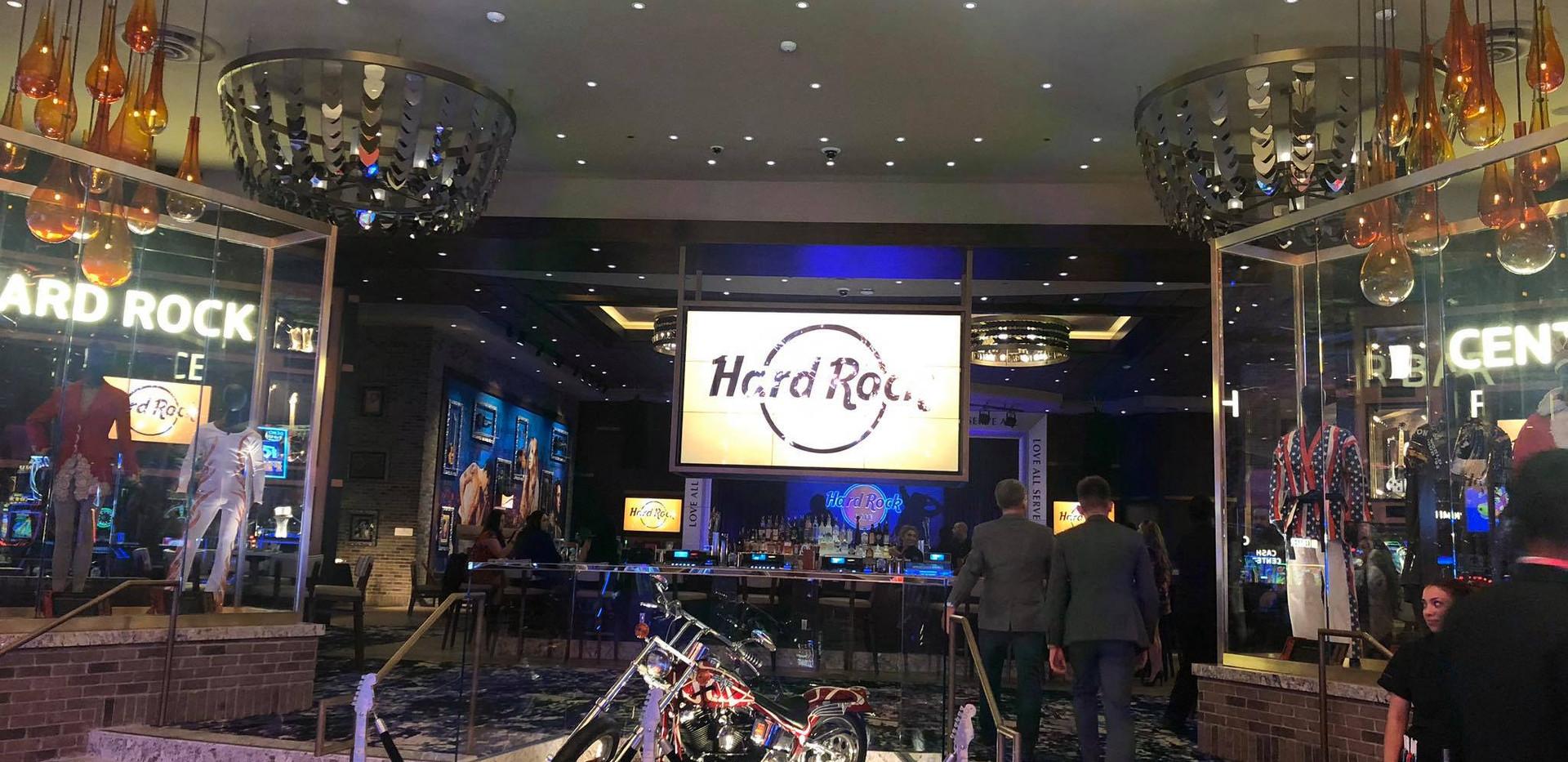 Hard Rock Bar.jpg
