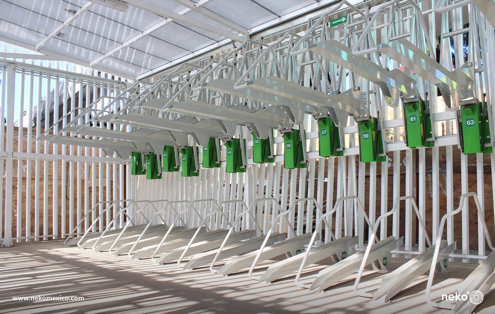 MUE-16-08 - Aparcabicicletas asistido de doble piso