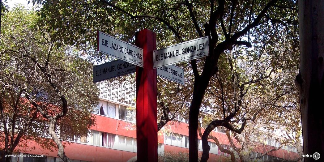 Poste_de_señalizacion_Toluca