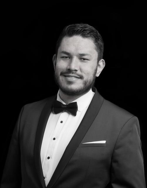Christian Correa Guzmán, tenor (Paúl, sanitario 1)