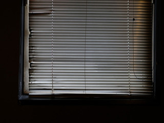 blinds (2016)