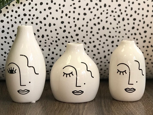 Set of 3 mini abstract vases
