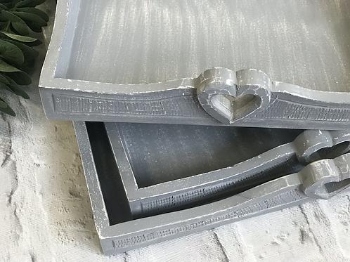 Set of 3 greysquare heart handle trays