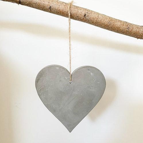 Single Simple Concrete Heart