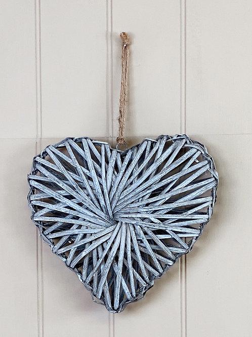 Rattan Grey Wash Heart 25cm