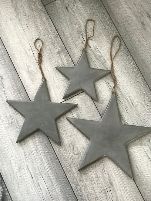 Set of 3 wooden distressed stars
