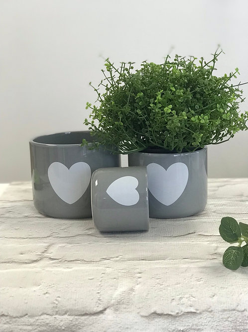 Set of 3 Heart Pots - white or grey