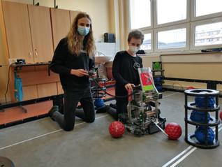 You're invited to the 2021 Live Remote VEX Robotics World Championship!