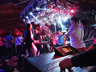 Banda tocando en vivo evento social - ProAudio Show San Nicolás de los Arroyos
